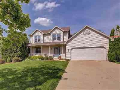 Waunakee Single Family Home For Sale: 903 Innisbrook Ct