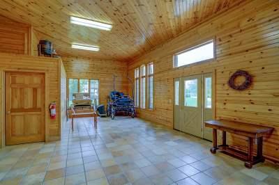 Sun Prairie Single Family Home For Sale: 999 S Bird St