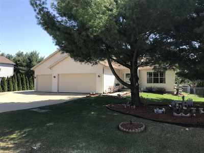Lodi Single Family Home For Sale: W10531 Airport Rd