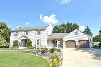 Rock County Single Family Home For Sale: 2431 Chickasaw Dr