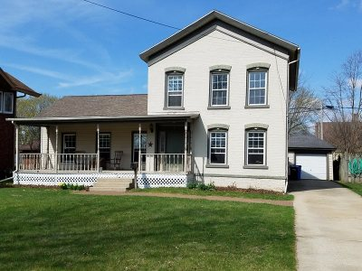Green County Single Family Home For Sale: 605 W 2nd Ave