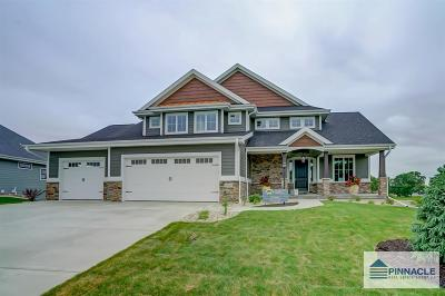 Oregon Single Family Home For Sale: 1088 Brynhill Dr