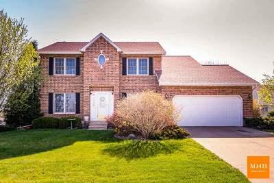 Sun Prairie Single Family Home For Sale: 1212 Meadowlark Dr