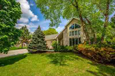 Sun Prairie WI Single Family Home For Sale: $370,000
