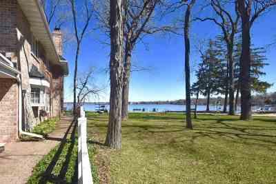 Monona Single Family Home For Sale: 4521 Winnequah Rd