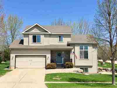 Deforest Single Family Home For Sale: 800 Sunnybrook Dr