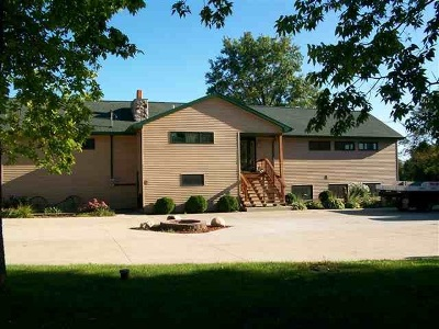 Janesville Single Family Home For Sale: 3145 Rockport Rd