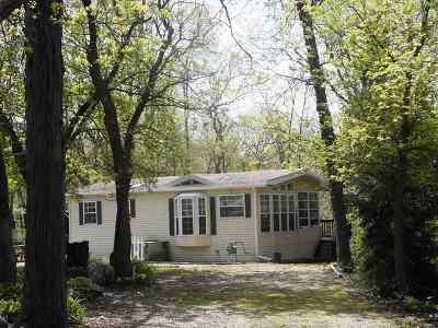 Edgerton Single Family Home For Sale: 449 Aspen Way