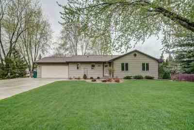 Cottage Grove Single Family Home For Sale: 204 W Oak St