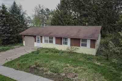 Janesville Single Family Home For Sale: 1405 S Arch St