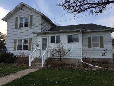 Green County Single Family Home For Sale: 640 E Lake Ave
