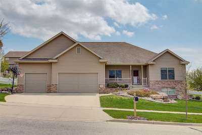 Waunakee Single Family Home For Sale: 500 North Ridge Dr