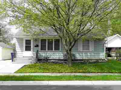 Janesville Single Family Home For Sale: 515 N Walnut St