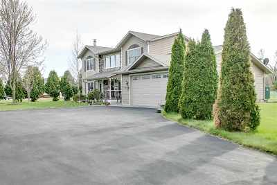 Friendship WI Single Family Home For Sale: $580,000