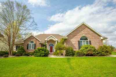 Verona Single Family Home For Sale: 9606 Hill Creek Dr