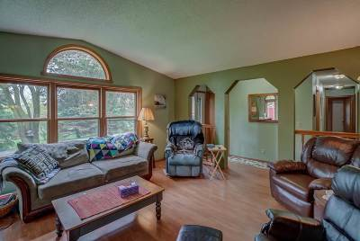Cambridge Single Family Home For Sale: N4671 Old Forest Rd