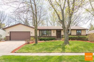 Waunakee Single Family Home For Sale: 812 Spahn Dr