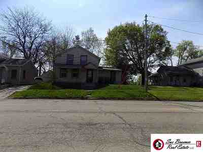Dodge County Single Family Home For Sale: 305 Madison St