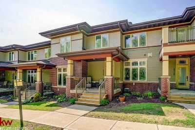 Middleton Condo/Townhouse For Sale: 8728 Old Sauk Rd