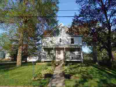 Columbus Single Family Home For Sale: N3812 River Rd