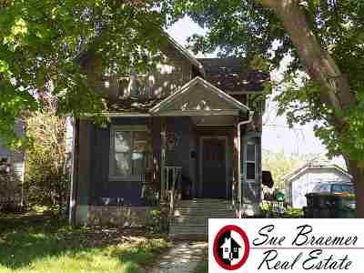 Dodge County Single Family Home For Sale: 648 S Center St