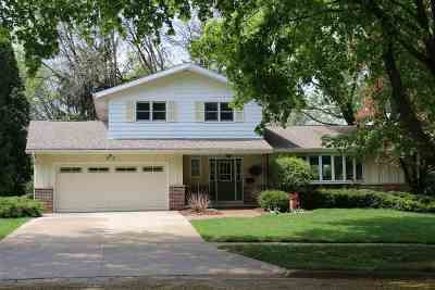 Madison Single Family Home For Sale: 114 Meadowlark Dr