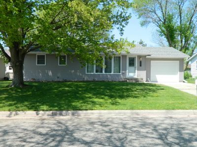 Green County Single Family Home For Sale: 2607 8th Ave