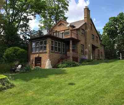 Milton Single Family Home For Sale: 3018 E Edgewater St