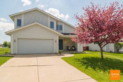 Madison WI Single Family Home For Sale: $284,900