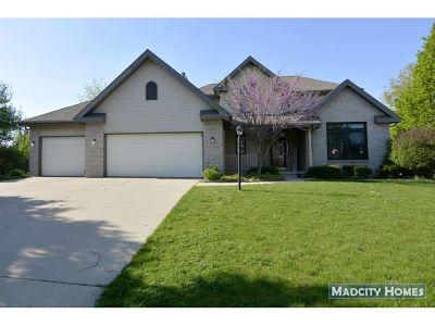 Sun Prairie Single Family Home For Sale: 1822 Cobblestone Ct