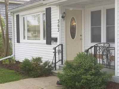 Waterloo Single Family Home For Sale: 363 Jefferson St