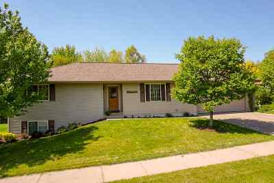 Sauk County Single Family Home For Sale: 1465 21st St