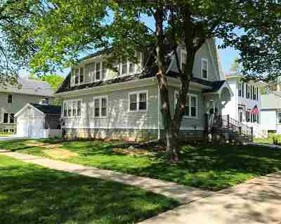 Columbus Single Family Home For Sale: 407 W Prairie St