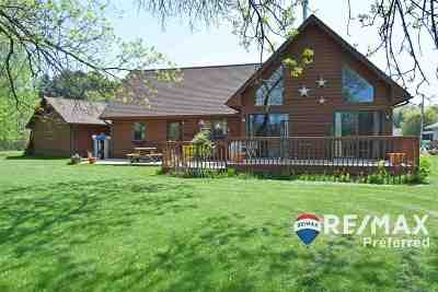 Sauk County Single Family Home For Sale: S513 Warbler Ct
