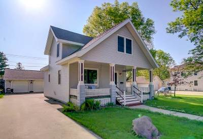 Sauk City Single Family Home For Sale: 406 Franklin St