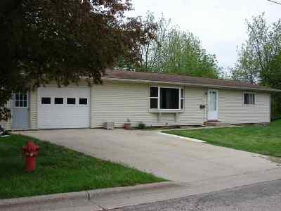 Iowa County Single Family Home For Sale: 115 S Rodgers St