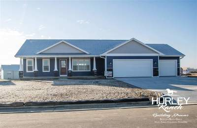 Rock County Single Family Home For Sale: 659 Badger Dr