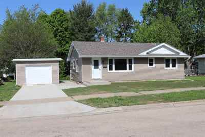 Green County Single Family Home For Sale: 621 28th Ave