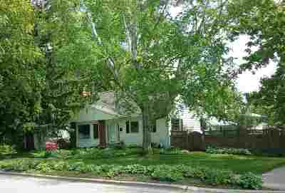 Dane County Single Family Home For Sale: 4633 Tokay Blvd