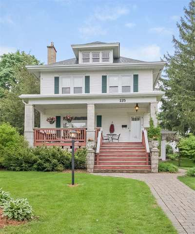 Mount Horeb Single Family Home For Sale: 115 N Grove St