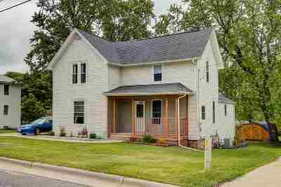 Columbia County Single Family Home For Sale: 102 E Commerce St