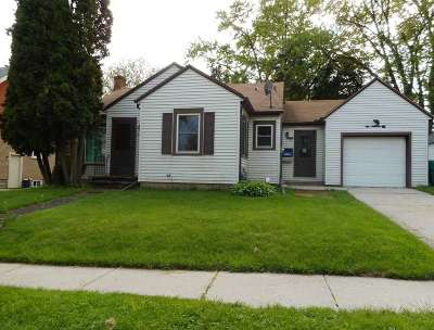 Rock County Single Family Home For Sale: 112 West St