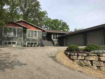 Middleton Single Family Home For Sale: 3722 Pheasant Branch Rd