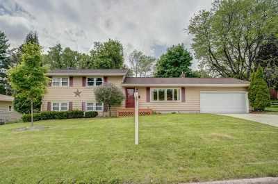 Sun Prairie Single Family Home For Sale: 307 James Ct