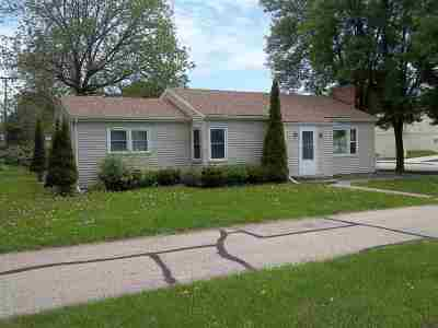 Deforest Single Family Home For Sale: 401 N Main St
