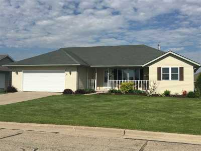 Rock County Single Family Home For Sale: 5 N Wyler Dr