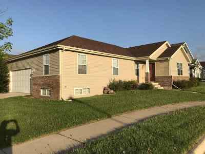 Sun Prairie WI Single Family Home For Sale: $239,900