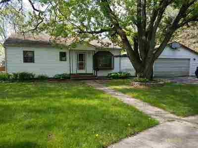 Madison WI Single Family Home For Sale: $161,200