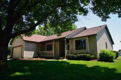 Sun Prairie Single Family Home For Sale: 763 Thomas Dr