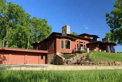Iowa County Single Family Home For Sale: 5399 County Road T
